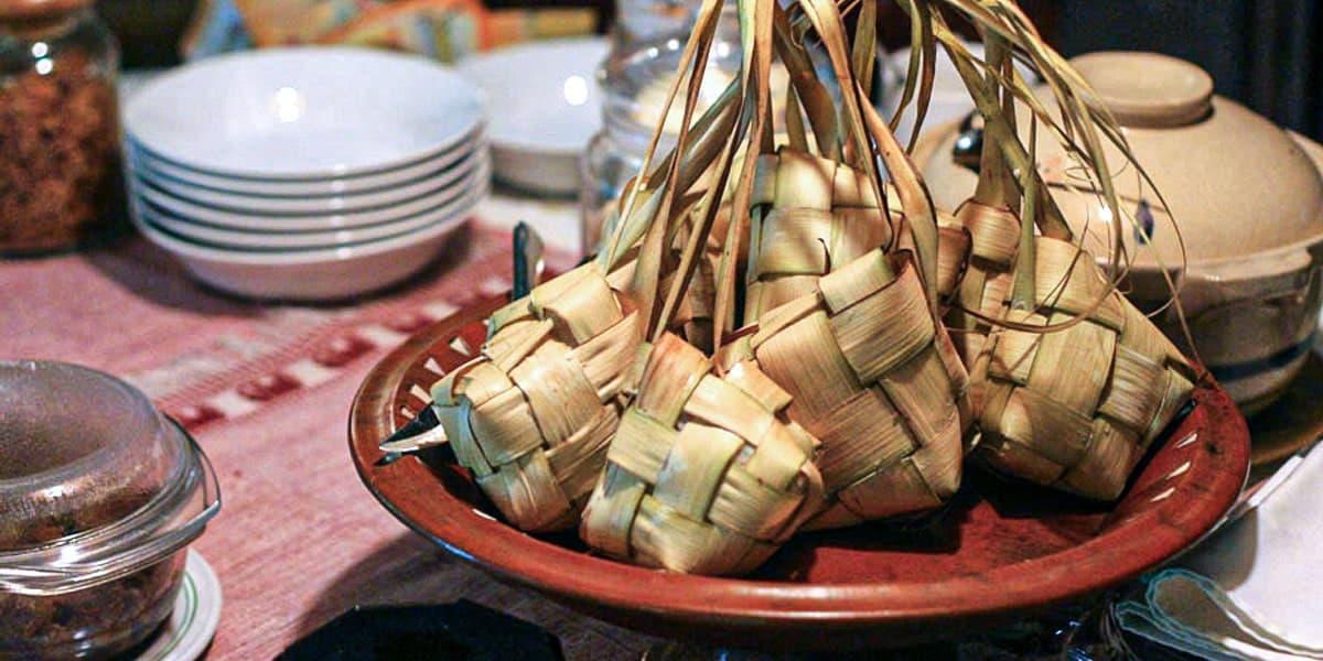 Makanan Tradisional Melayu - Ketupat