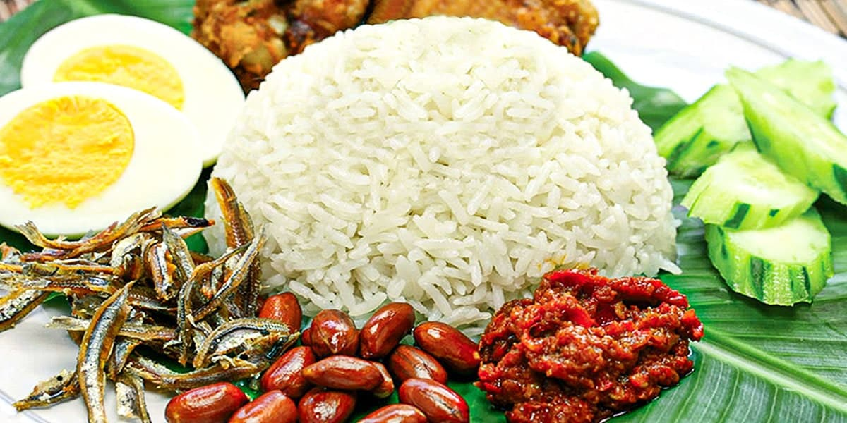Makanan Tradisional Melayu - Nasi Lemak
