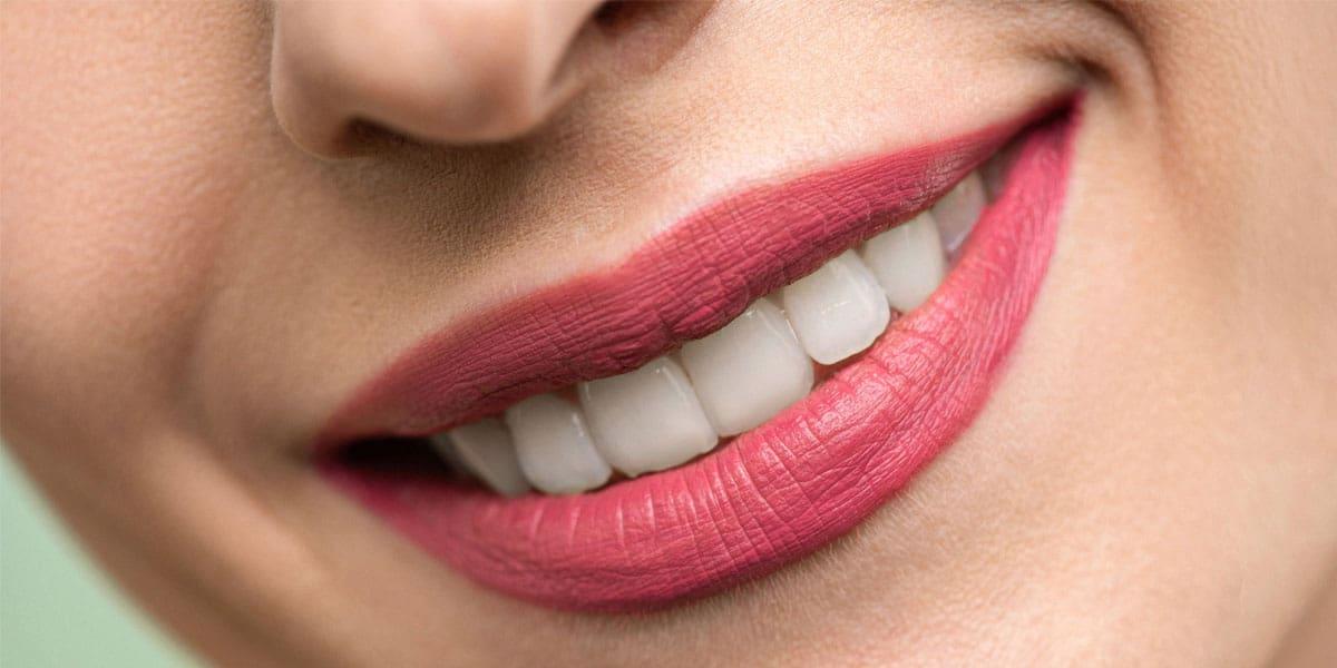 Kebaikan Strawberi untuk Bibir